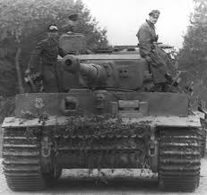 Parade Tank di Film Fury – Swpman's Blog